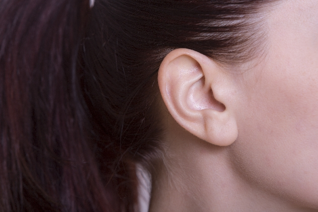 耳 ゴロゴロ