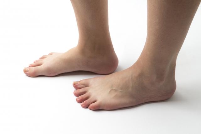 足の甲 捻挫