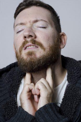 くしゃみ 鼻水 喉の痛み
